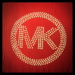 ❄️ ⛄️ Michael Kors Red Knit Scarf